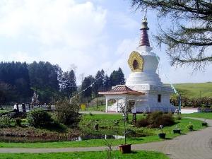 800px-Samye_Ling_Stupa