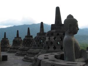Borobudur_Indonesia_2010_Bennylin_60